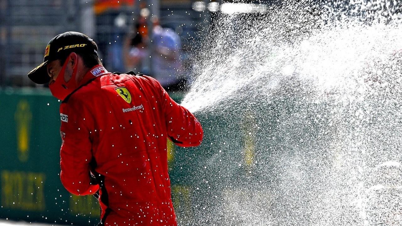 En un Ferrari renqueante, Leclerc ya hace de Alonso... y Vettel de Massa