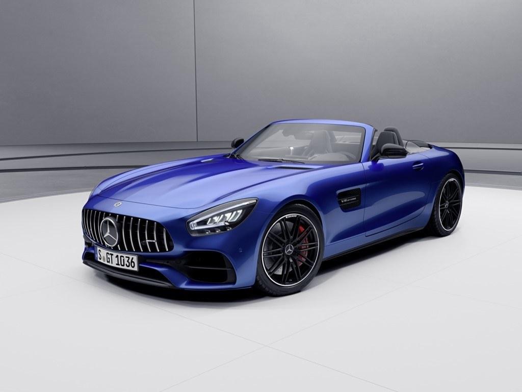 Mercedes-AMG aumenta las prestaciones de los GT Coupé y GT Roadster 2021