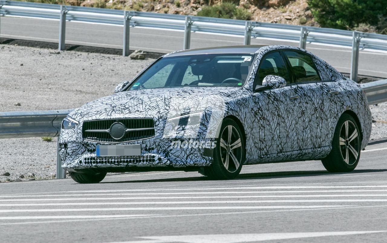2021 - [Mercedes-Benz] Classe C [W206] - Page 5 Mercedes-clase-c-2021-fotos-espia-202069422-1595623601_2