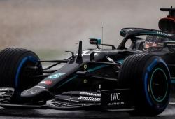 Hamilton se lleva la lluviosa pole del GP de Estiria y Sainz saldrá tercero