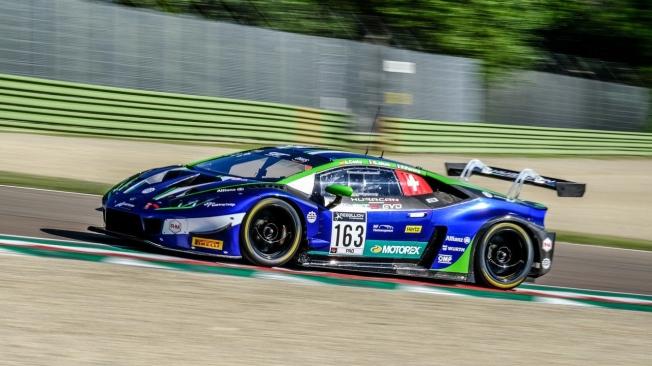 Bortolotti, Van der Linde y Vaxivière ganan las 3 Horas de Imola con el Audi #31