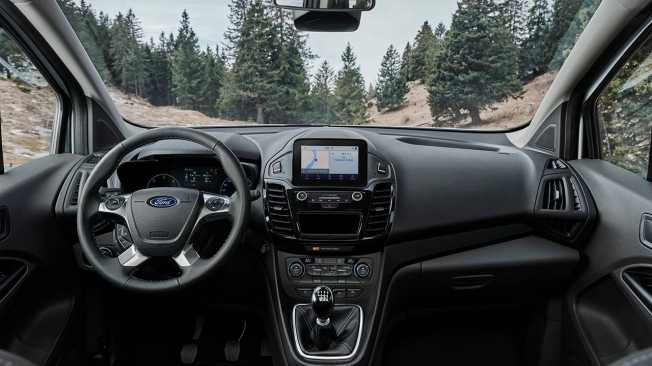 Ford Tourneo Connect Active - interior
