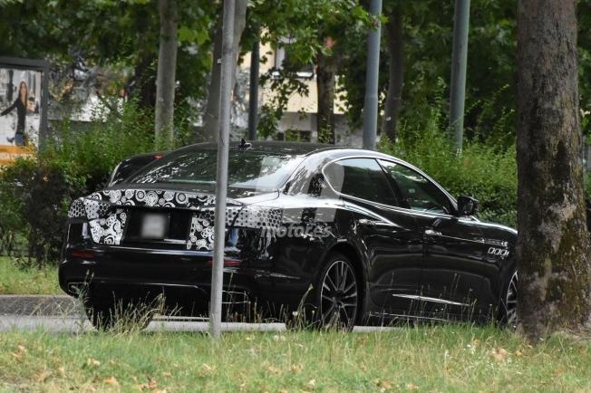 Maserati Quattroporte 2021 - foto espía posterior