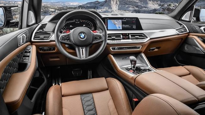 BMW X5 M - interior