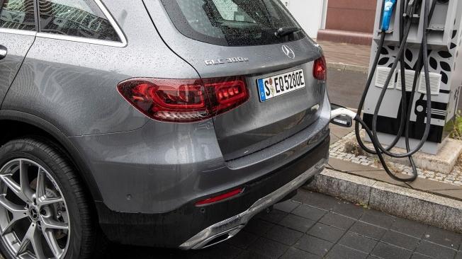 Mercedes GLC 300 e 4MATIC - posterior