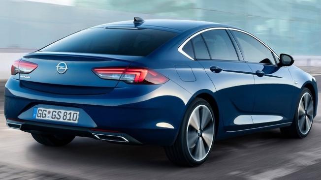 Opel Insignia Grand Sport 2020 - posterior