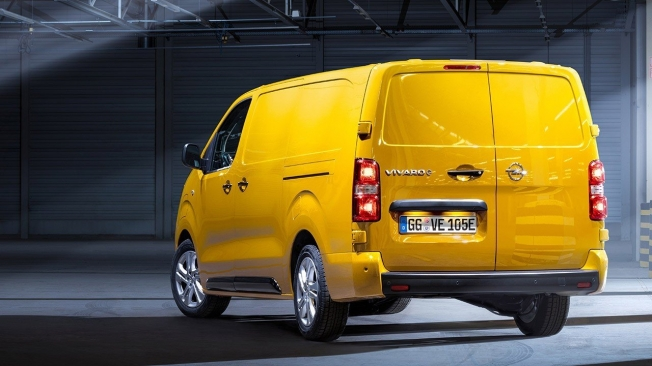 Opel Vivaro-e - posterior