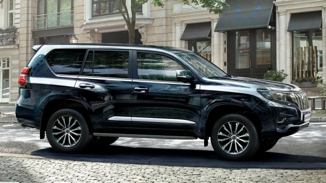 Toyota Land Cruiser 2021 - side