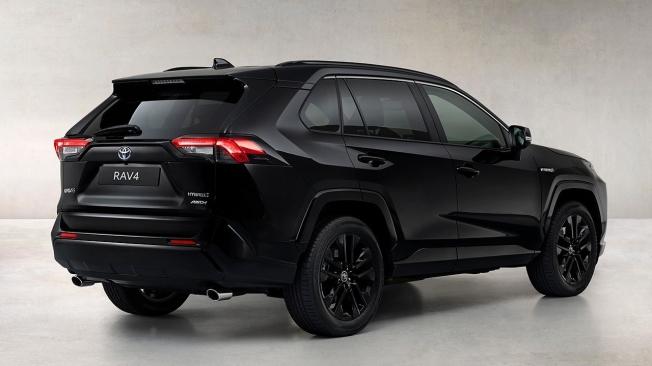 Toyota RAV4 Hybrid Black Edition - posterior