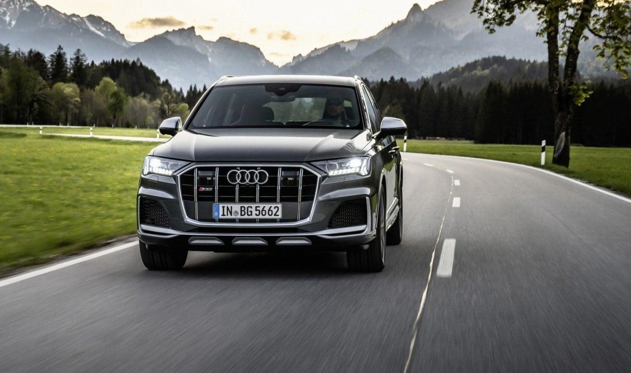 Audi estrena nuevas versiones deportivas: llegan los SQ7 TFSI y SQ8 TFSI de gasolina