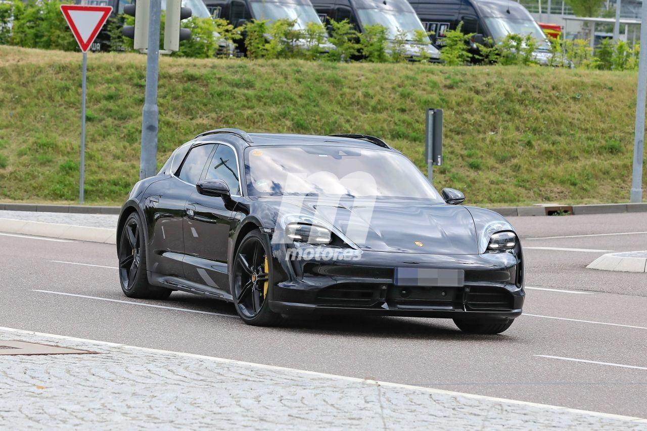 2020 - [Porsche] Taycan Sport Turismo - Page 2 Porsche-taycan-cross-turismo-2021-fotos-espia-202069309-1595277233_3