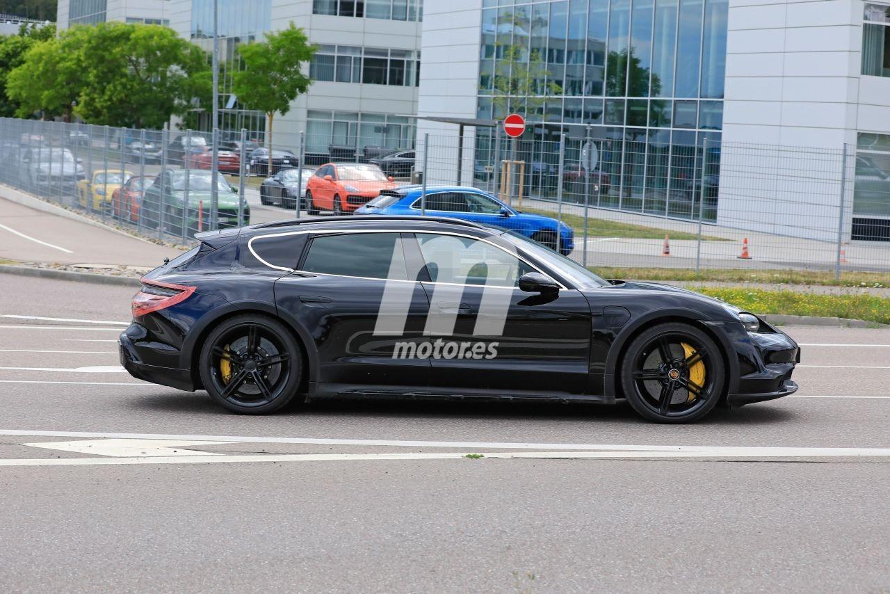 2020 - [Porsche] Taycan Sport Turismo - Page 2 Porsche-taycan-cross-turismo-2021-fotos-espia-202069309-1595277249_8
