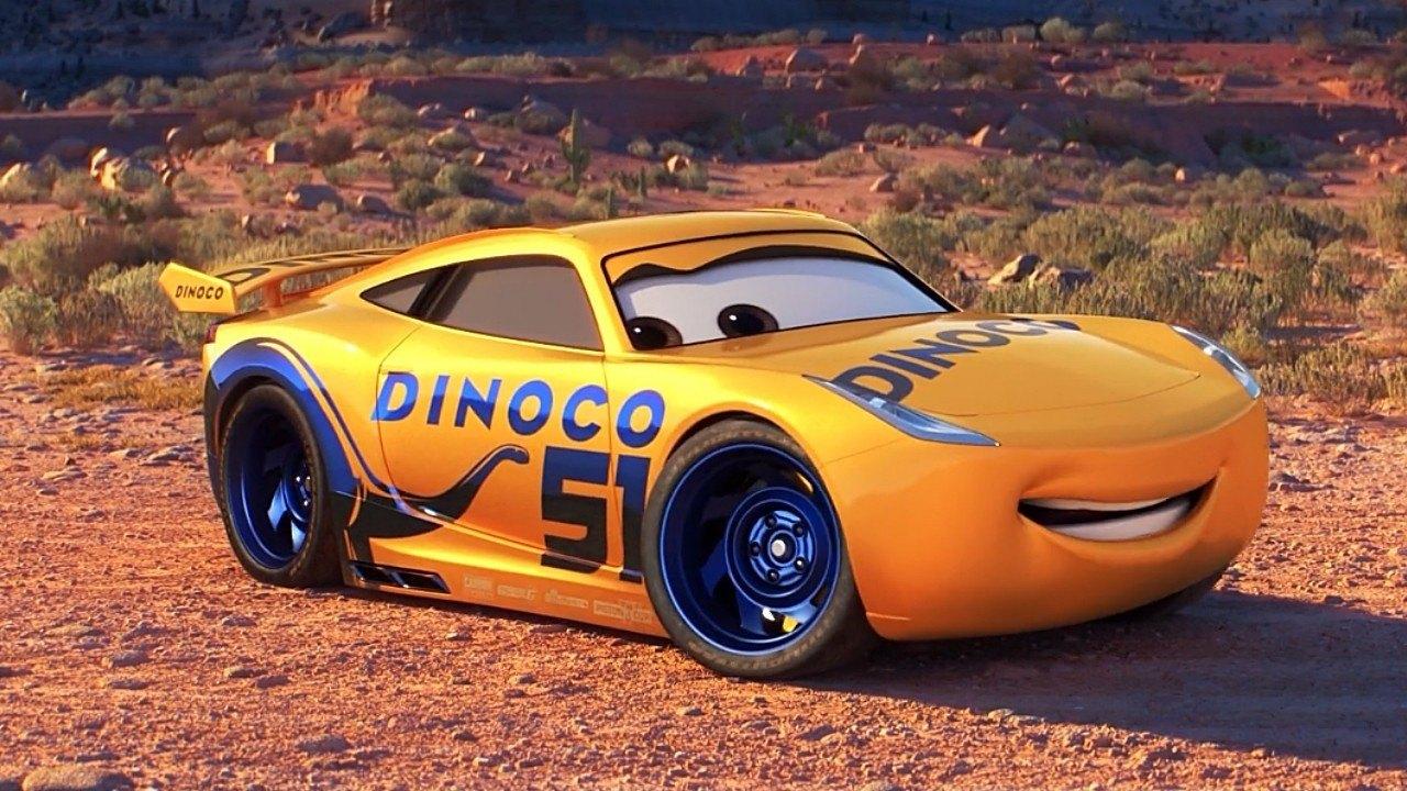 ¿Qué coche es Cruz Ramírez, entrenadora de Rayo McQueen en «Cars 3»?