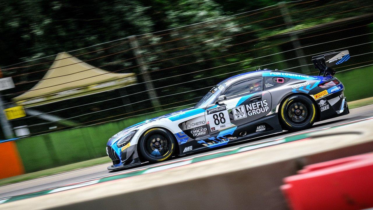 El Mercedes #88 de Marciello lidera los libres del GTWC Europe en Imola