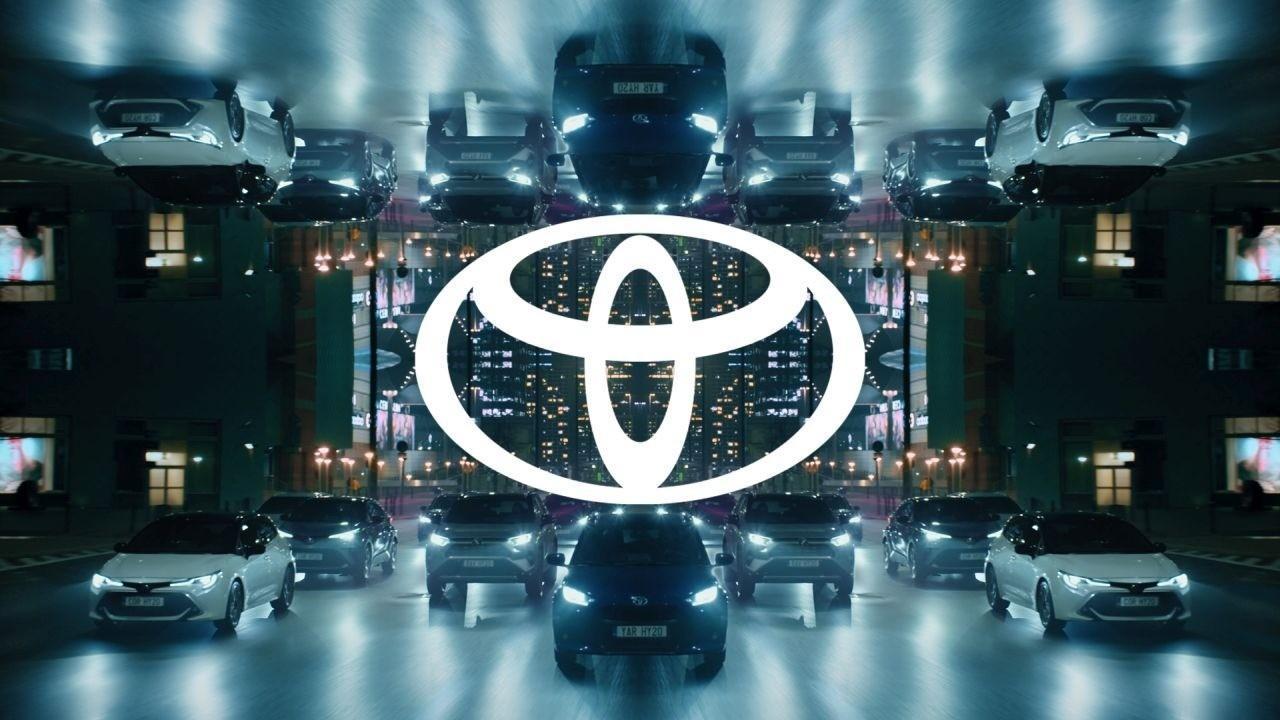 Toyota cambia su logotipo, un nuevo enfoque más moderno y simple