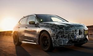 El nuevo BMW iX debutará en la segunda mitad de 2021 con cuatro versiones