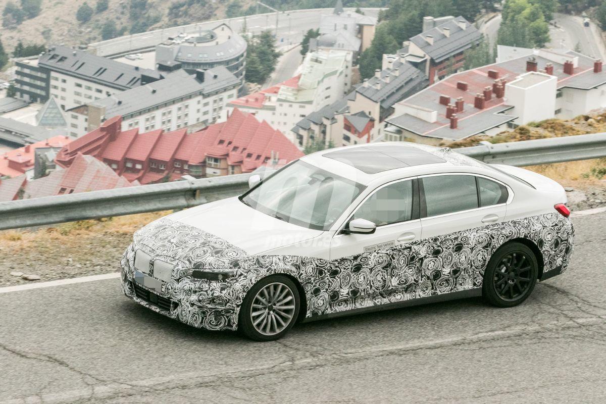 2022 BMW i3 26