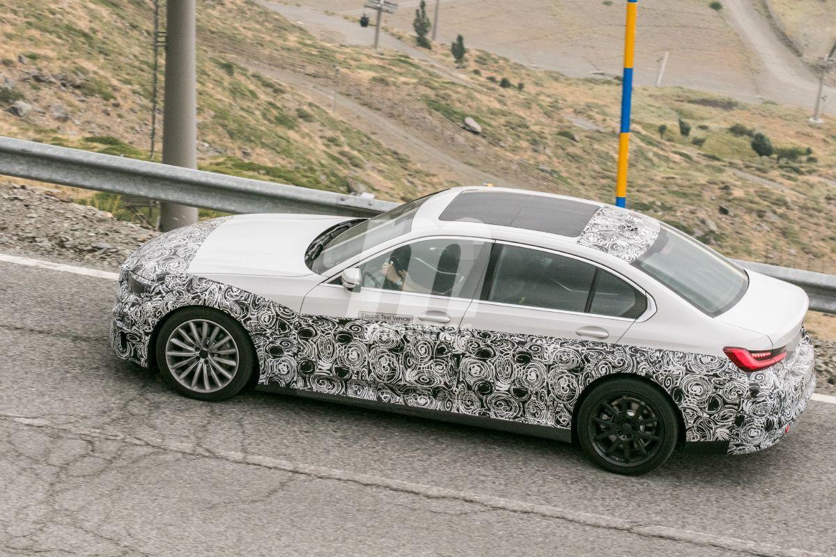 2022 BMW i3 28