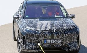 Nuevas fotos espía del BMW iX 2021, el SUV eléctrico pierde camuflaje y deja ver detalles
