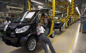 La venta de la fábrica de Hambach, un problema para Daimler con INEOS interesada