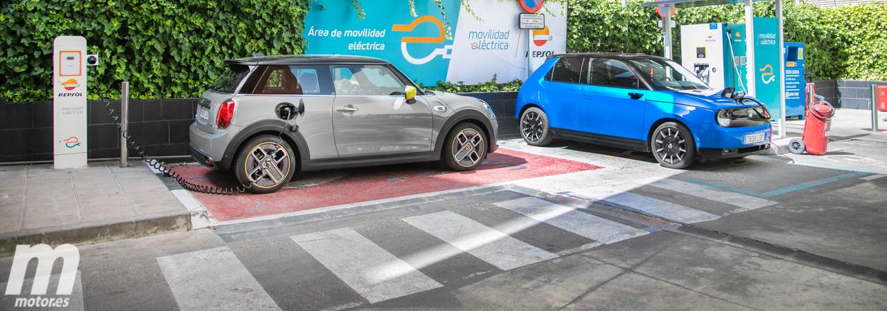 Comparativa Honda e vs MINI Cooper SE, los quiero, no los quiero (Con vídeo)