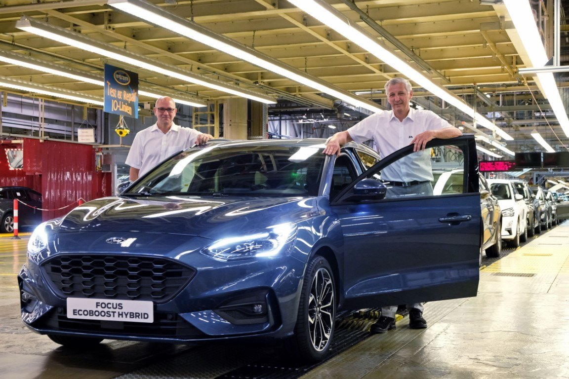 El nuevo Ford Focus EcoBoost Hybrid entra en producción