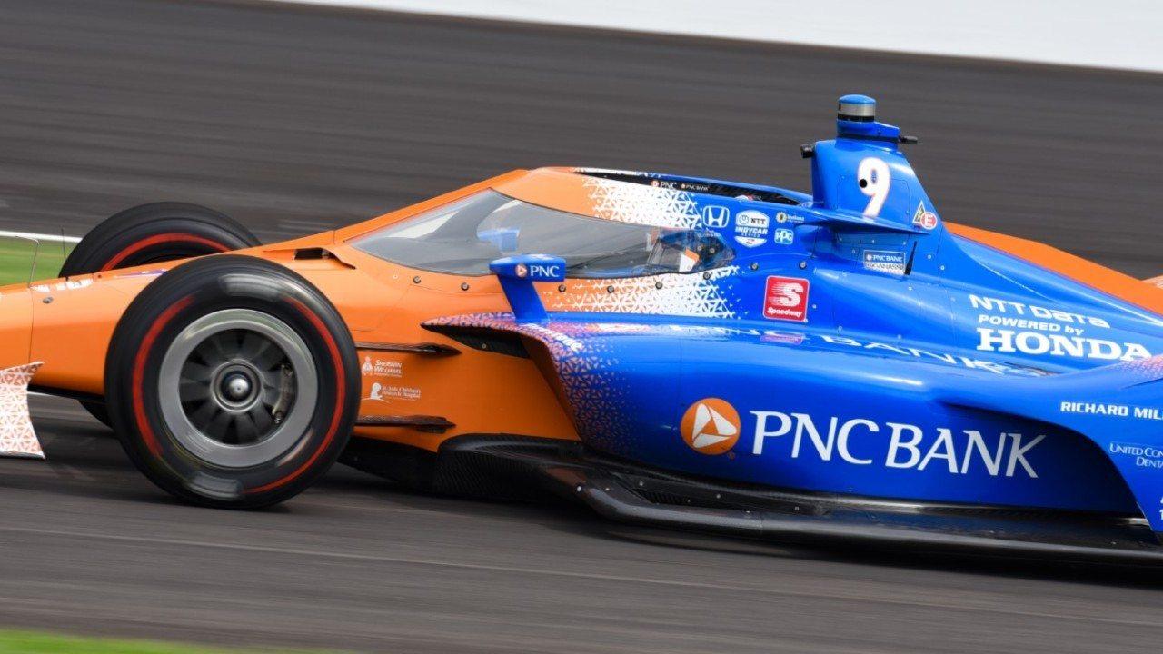 Dixon lidera el intenso segundo día; Palou quinto y Alonso octavo tras su accidente
