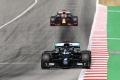 Hamilton vence por aplastamiento en Montmeló