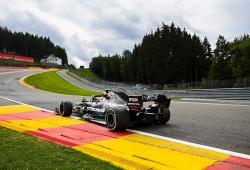 Bottas supera por la mínima a Hamilton en el primer ensayo en Spa