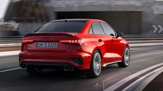 Audi S3 Sedán 2021 - posterior