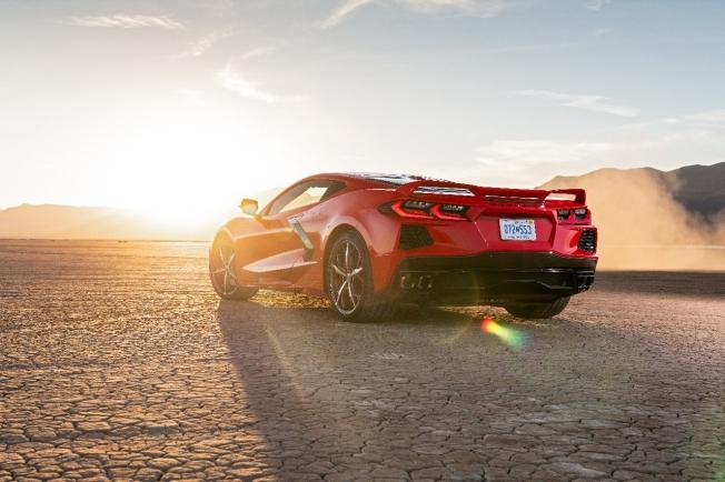 chevrolet-corvette-c8-porsche-911-audi-r8-prueba-circuito-video-202070497-1598857594_1.jpg