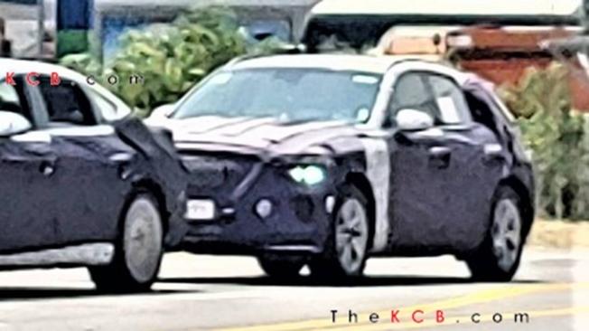 Genesis eGV70 - foto espía