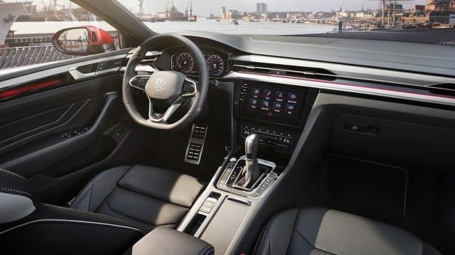 Volkswagen Arteon 2021 - interior