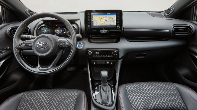 Toyota Yaris Style Premiere Edition - interior