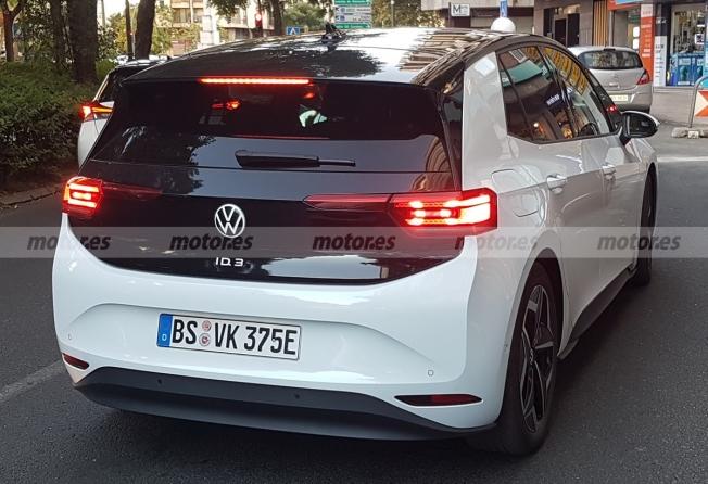 Volkswagen ID.3 - foto espía posterior