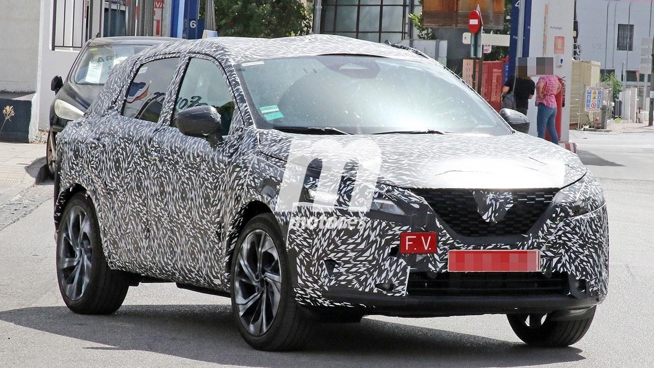 Avistado el nuevo Nissan Qashqai 2021, ¿en qué cambiará el C-SUV japonés?