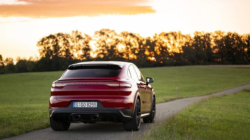 Porsche intensifica el sonido del Cayenne GTS Coupé con un nuevo escape deportivo
