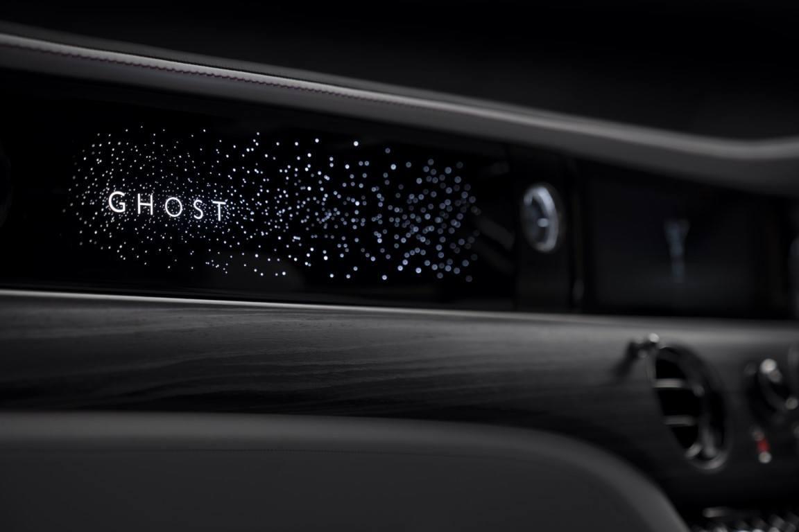 Un teaser desvela el tecnológico interior del nuevo Rolls-Royce Ghost 2021