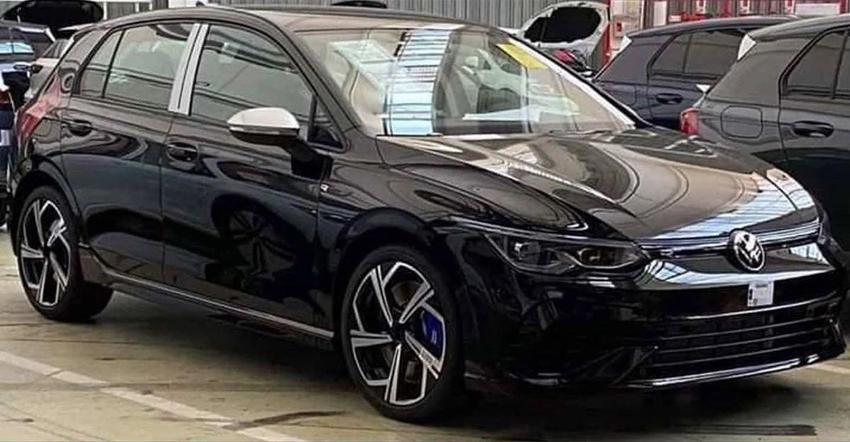 Aparecen nuevas imágenes del Volkswagen Golf R 2021 completamente desnudo