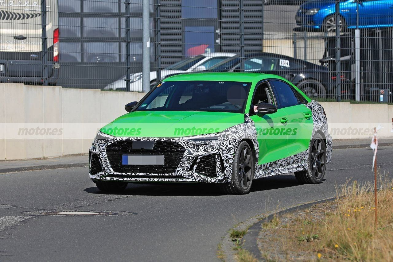 audi-rs-3-sedan-fotos-espia-nurburgring-