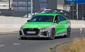 El nuevo Audi RS 3 Sedán 2021 pierde camuflaje en un nuevo paso por Nürburgring