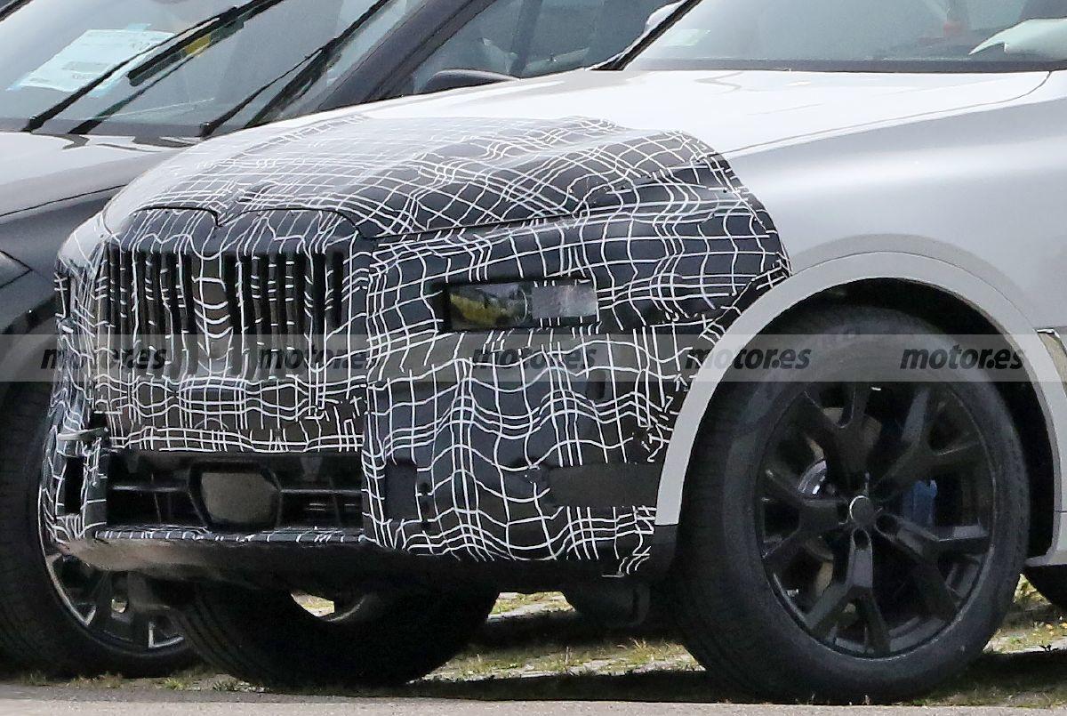 2022 - [BMW] X8 - Page 2 Bmw-x7-facelift-202070529-1598953274_2