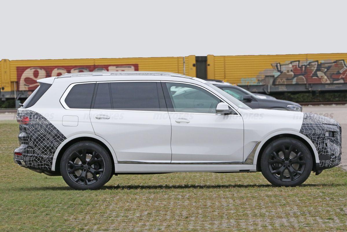 2022 - [BMW] X8 - Page 2 Bmw-x7-facelift-202070529-1598953286_5