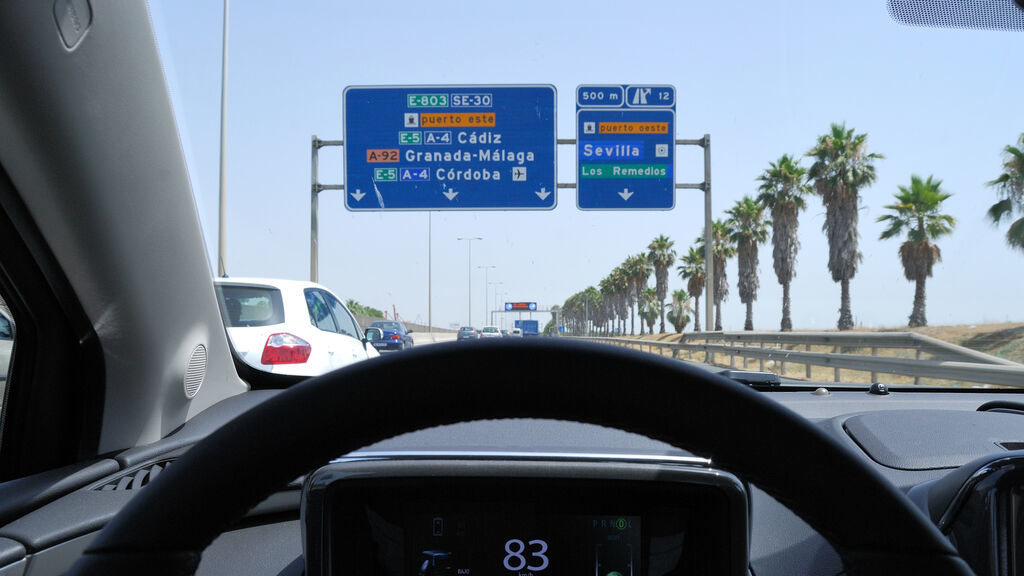 El Puente del Centenario (Sevilla) se ampliará a seis carriles
