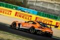 Mercedes manda en el primer día del GTWC Europe en Magny-Cours