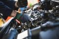 Empieza a crear tu propio taller mecánico en casa para reparar tu coche