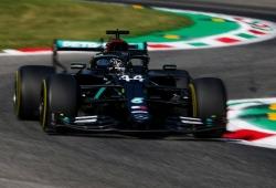 Hamilton se lleva la pole y Sainz, la fiesta con un memorable 3º