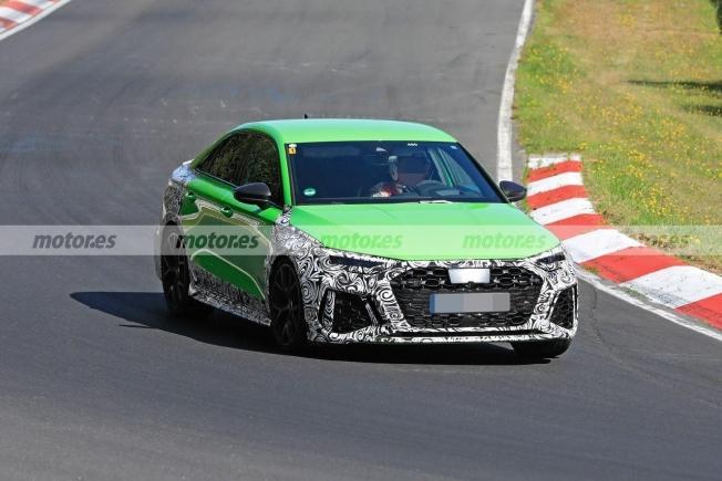 audi-rs-3-sedan-fotos-espia-nurburgring-2021-202071079-1600366943_13.jpg