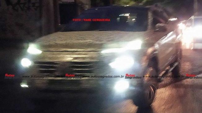 FIAT Toro 2022 - foto espía frontal