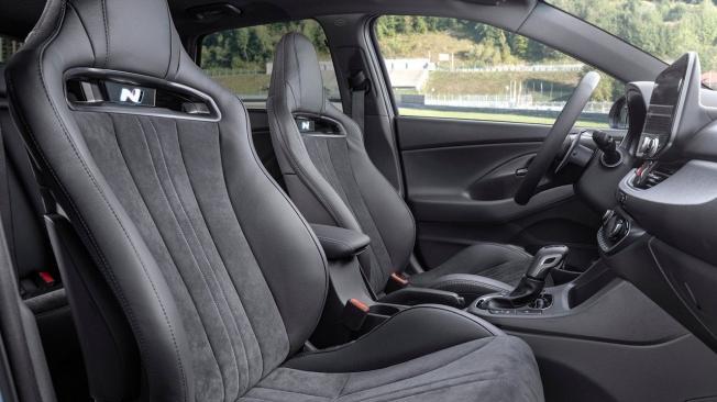 Hyundai i30 N 2021 - asientos